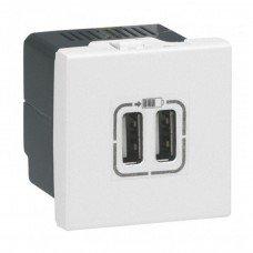 Розетка для зарядки USB двойная белая Mosaic