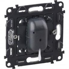 Valena IN`MATIC Выключатель 6А 250В кнопочный со шнуром, автоматические клеммы